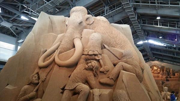 砂の美術館 氷河に眠るマンモス