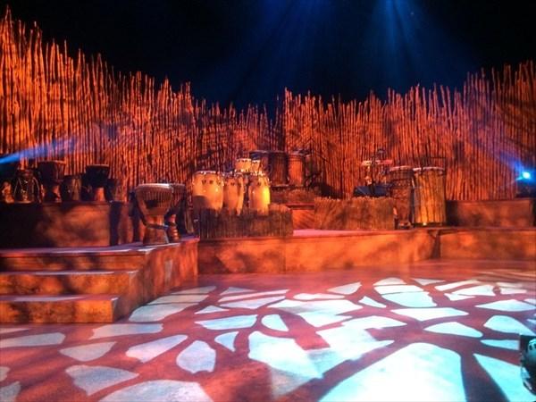 ドラムストラック舞台