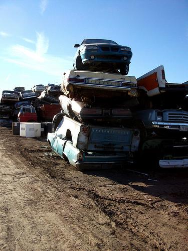 廃車寸前の車をディーラーに下取りに出したらいくらになるのか?