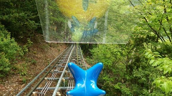 日本にある世界最長のモノレールに乗ってきた!65分かけて森のなかをゆっくりと周遊できるぞ!