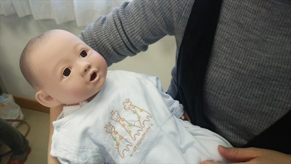 新生児のお人形