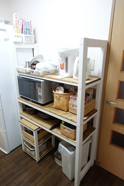 キッチンに自作のレンジ台を設置