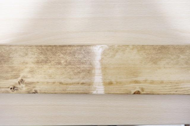 ワトコオイル ダークウォルナットとミディアムウォルナットの色比較