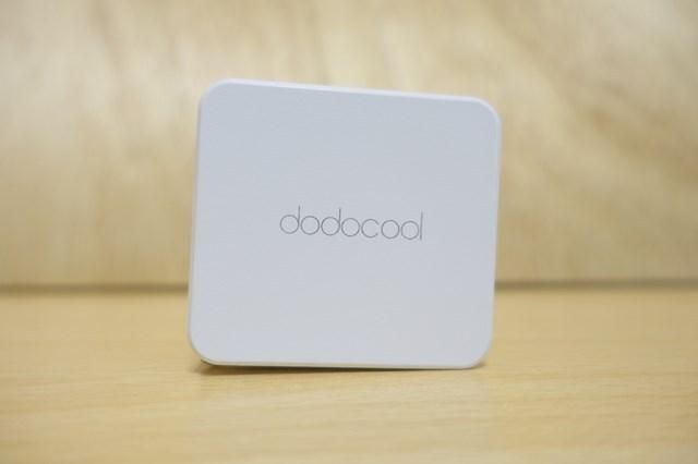 dodocoolの 2ポートQC3.0急速充電器 正面