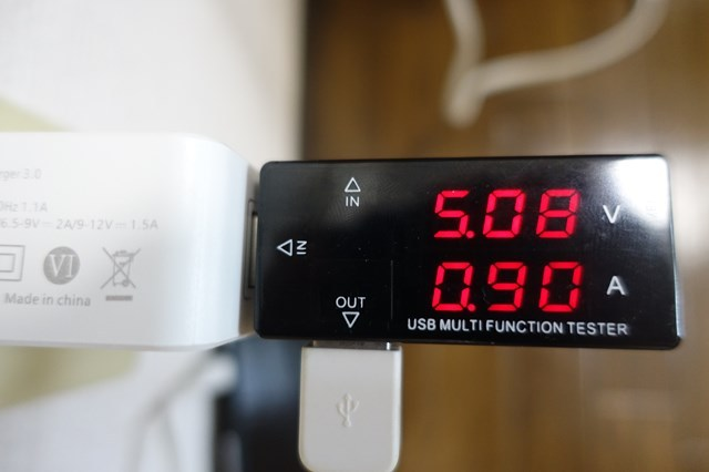 電圧チェッカー