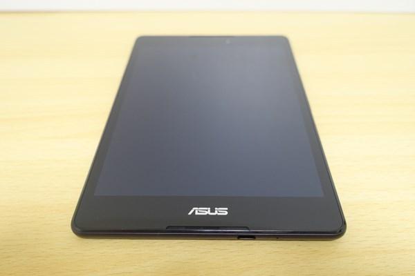 ZenPad 3 8.0 正面からの写真