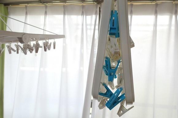 洗濯ピンチハンガー プラスチック 畳んでも絡まる