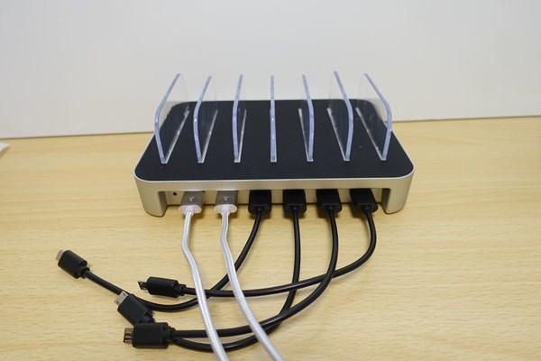 増えすぎたタブレット・スマホの整理にはUSB充電スタンドがオススメ!