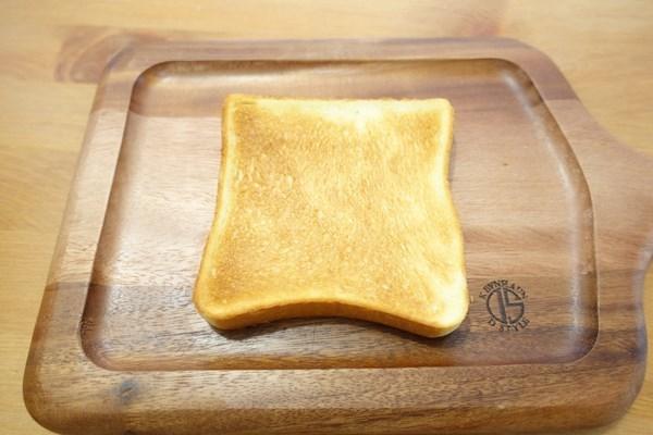 アラジン グリル&トースターでパンを焼いてみた 表面